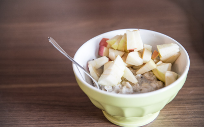 Porridge mit Gerstenflocken